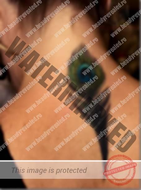 tatuaje-pe-gat-femei-11