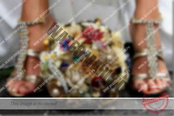 buchet-mireasa-cu-bijuterii-0