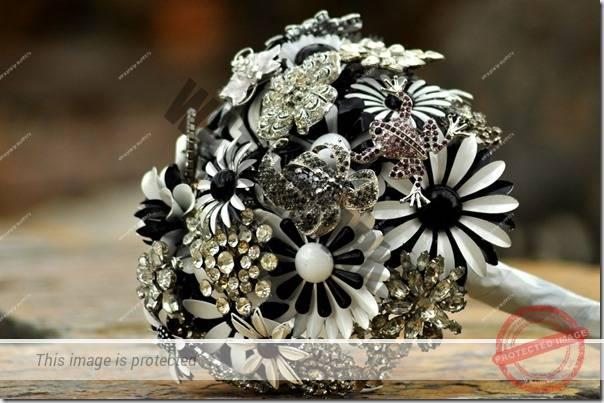 buchet-mireasa-cu-bijuterii-10