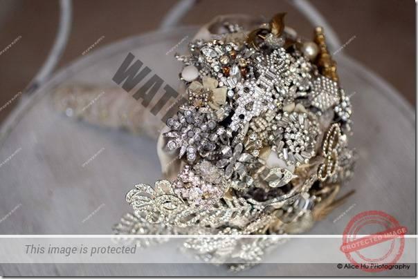 buchet-mireasa-cu-bijuterii-15
