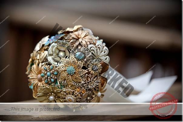buchet-mireasa-cu-bijuterii-4