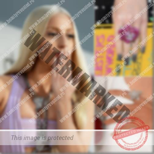 manichiura-vedete-lady-gaga-1_thumb