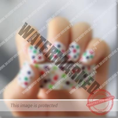 manichiura-cu-buline-multicolore-1