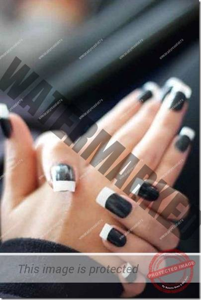 modele-unghii-negre-17