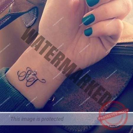 tatuaje-initiale-2