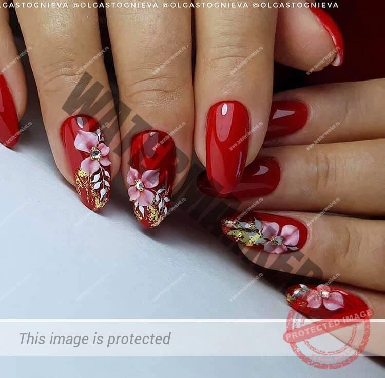 unghii rosii migdala cu sclipici si flori