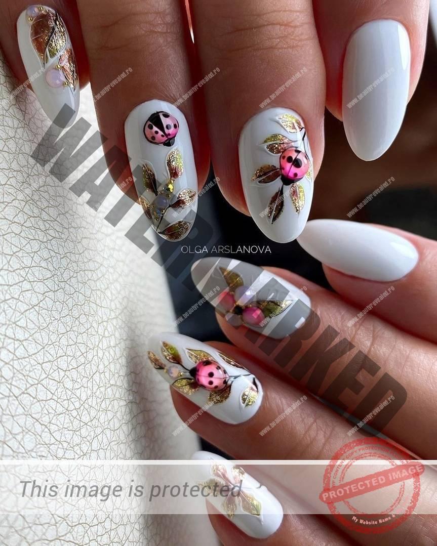 Model unghii albe cu buburuze