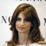 "Penelope and Monica Cruz for MNG"" Summer 2008 Collection-Photocall"