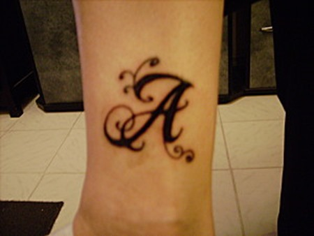 tatuaje-initiale-A-1